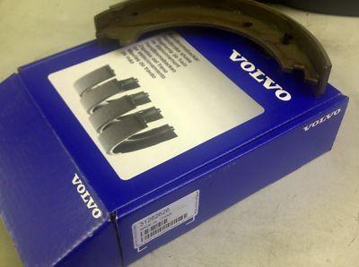 Накладки ръчна спирачка Volvo S60 (-2009), S80 (2007-), S80 (-2006), V70 P26, XC70 (2001-2007) 31262869